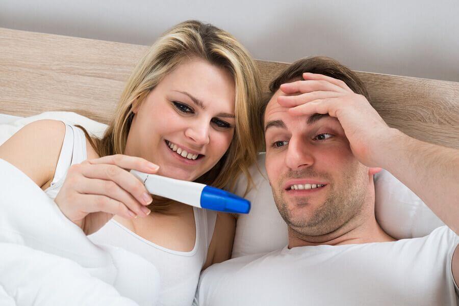 schwangerschaftstest dm rossmann oder in der apotheke kaufen. Black Bedroom Furniture Sets. Home Design Ideas
