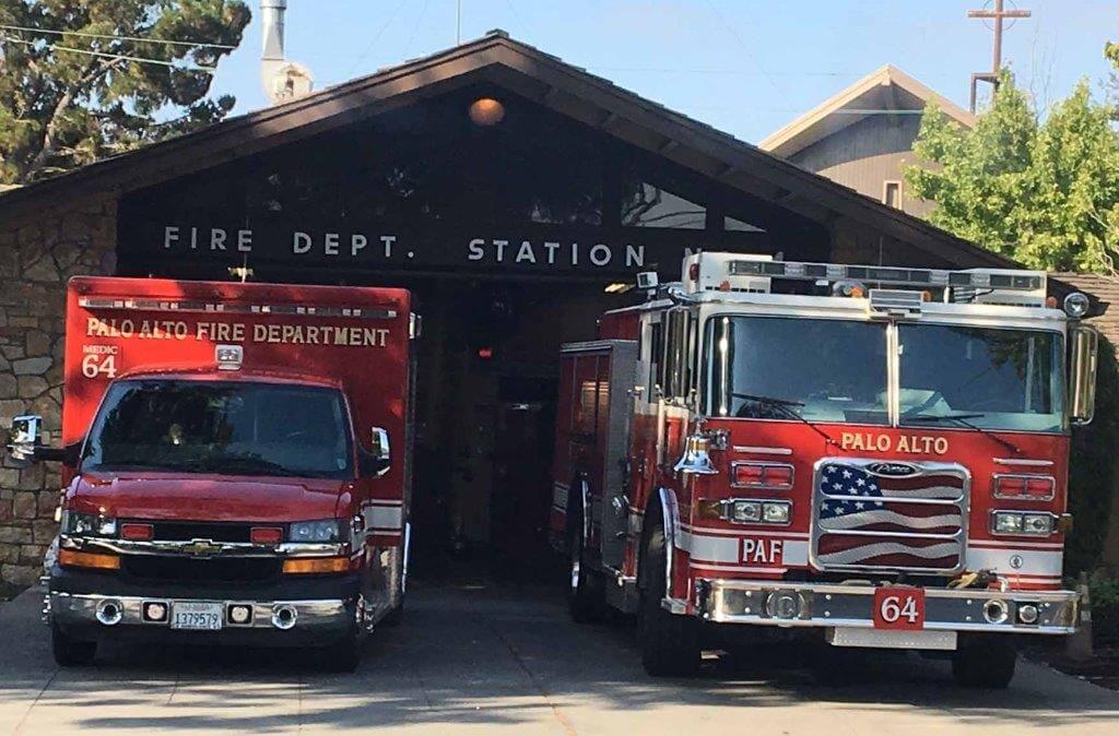 Den-Moment-genießen-Feuerwehr-in-Palo-Alto