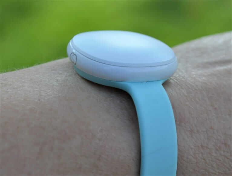 Ava Armband 2.0 am Handgelenk